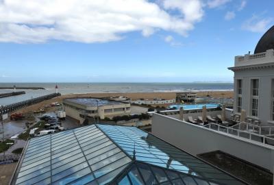 Le Beach Hôtel